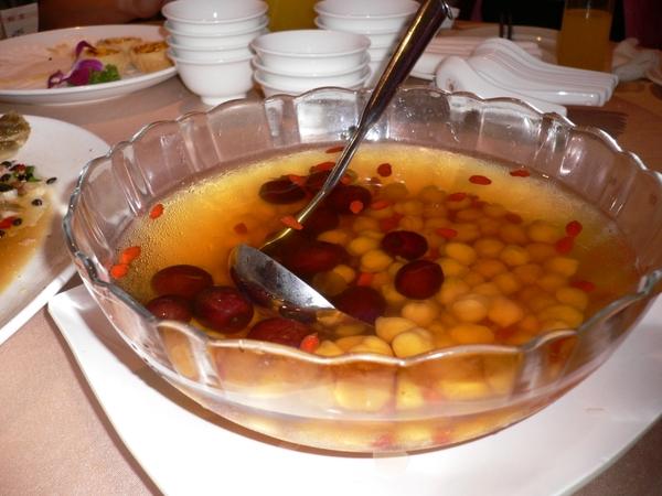 紅棗枸杞雪蓮湯