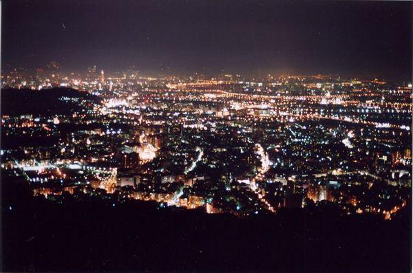 你愛上台北的夜了嗎?