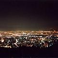 發光的城市