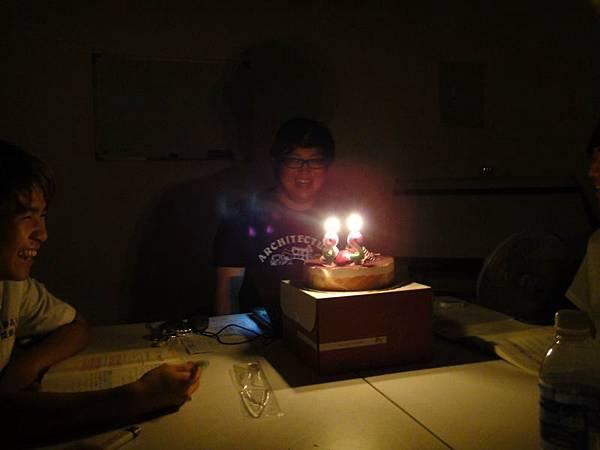 生日蛋糕哩