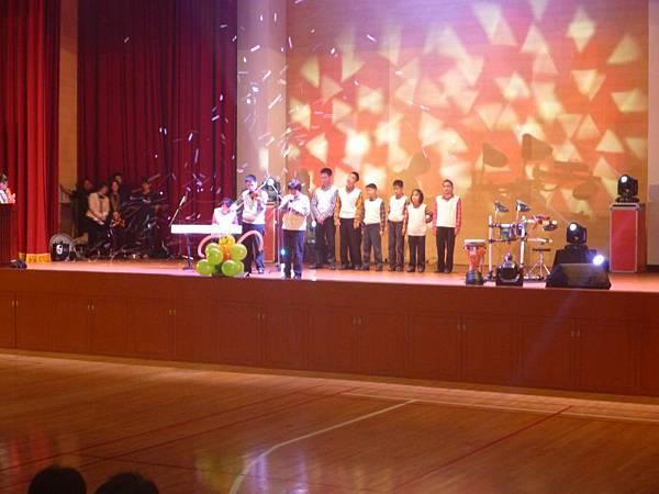 惠明學校演唱