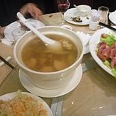猴頭菇燉子排湯