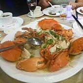 蒜蓉蒸生猛活蟹