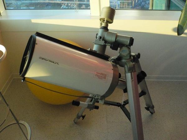 還有望遠鏡@@a