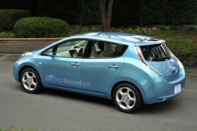 nissan-leaf-electric-vehicler.jpg