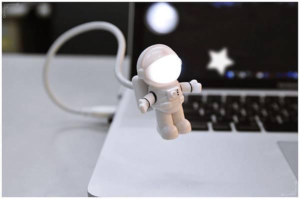 太空人USB夜燈12