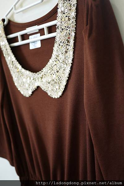300     金片領洋裝      NT:600