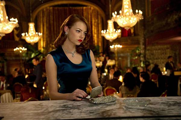 Emma-Stone-in-Gangster-Squad-grace