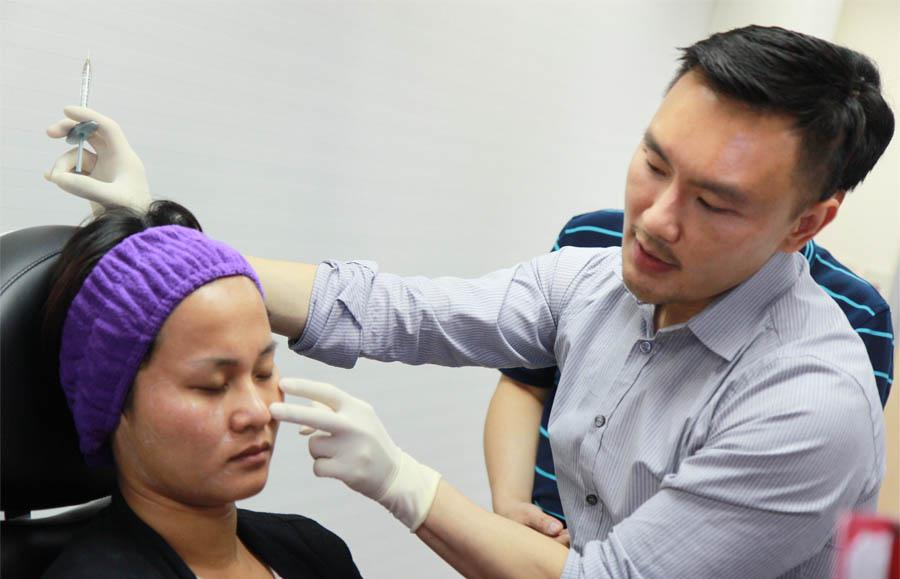 凝膠式玻尿酸八點拉提玻尿酸隆鼻墊下巴02.jpg