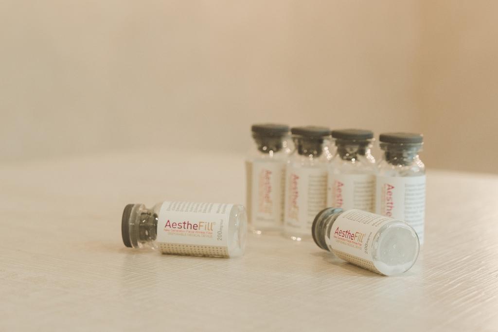 01-AestheFill-PDLLA-skin-face-doctor-ShangLi-dermatologic-aesthetic-clinic (3).jpg