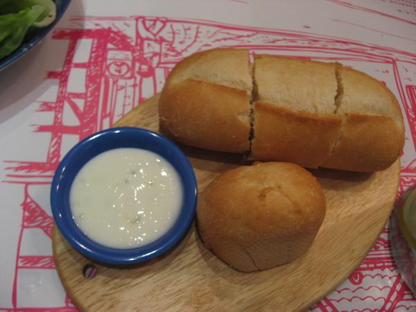 麵包+優格