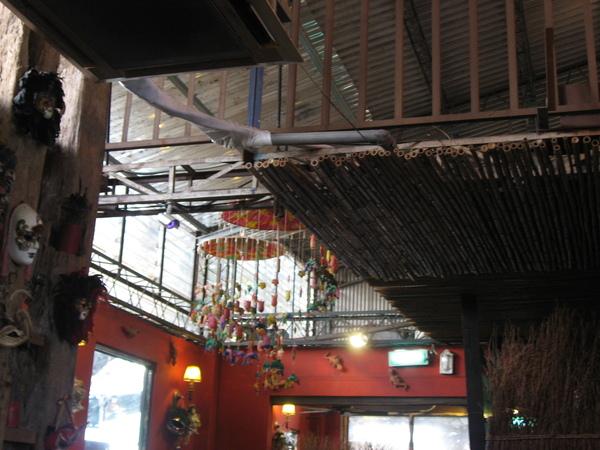 天花板上的吊飾