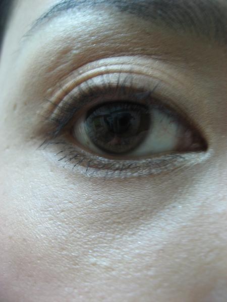 使用stila蜜桃盤化的眼妝-20080102