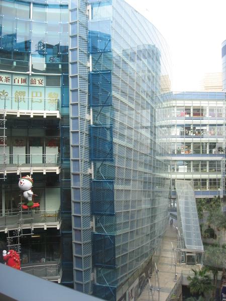 夢時代斜型建築物