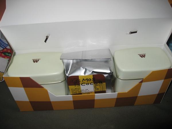 2008mist送的MOS可可粉禮盒內容物