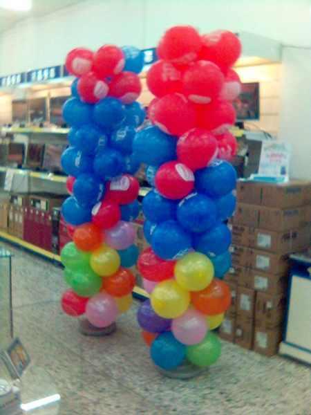 2007年聖誕節時做的氣球柱