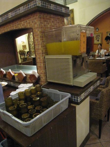 彰化炙燒牛排館的飲料區