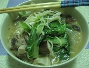 麻油燒酒雞+青菜