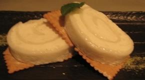 陶板屋的甜點-荔香雪綿捲