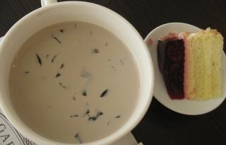 仙草奶凍+蔓越莓蛋糕