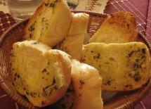 威尼斯的蒜香麵包