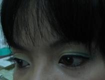 我很喜歡這個角度的眼妝照
