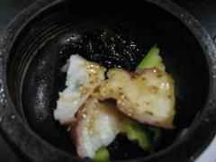 昕壽喜燒的前菜-小黃瓜章魚醋