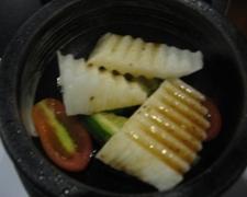 昕壽喜燒的前菜-山藥小黃瓜佐和風醬