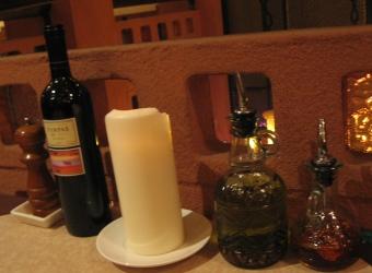 布列塔尼桌上的調味料.JPG