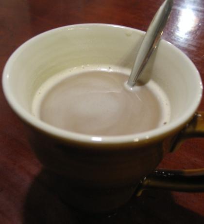 洋古居的奶茶.JPG