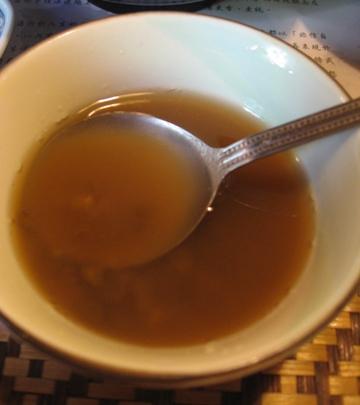 樂陶居的餐後甜點-綠豆湯.JPG