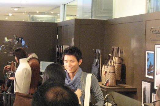20110407宥勝in台中新光1.JPG