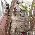 剛買來的老舊檜木