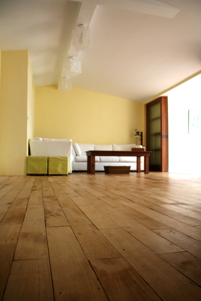 裝潢後的客廳