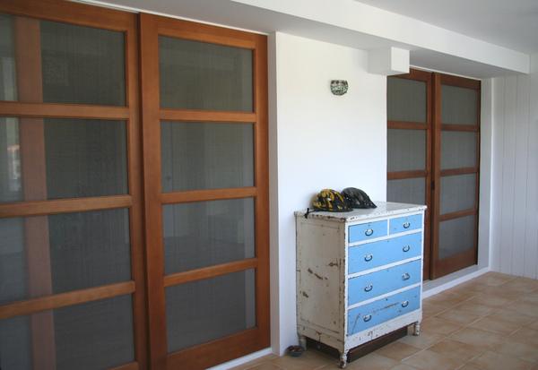 裝潢後陽台與客廳之間門的設計