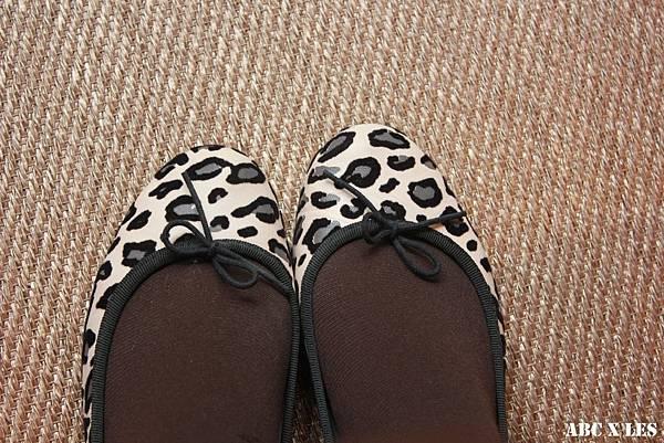 豹紋娃娃鞋