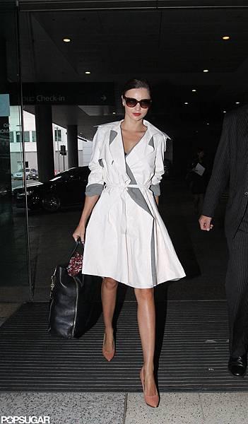 Miranda-Kerr-wore-trench-coat.jpg