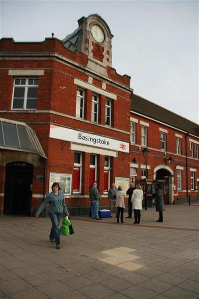 Basingstoke車站