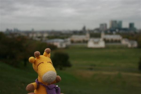 鹿鹿在Greenwich拍照