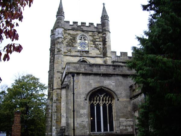 MALL 附近的教堂