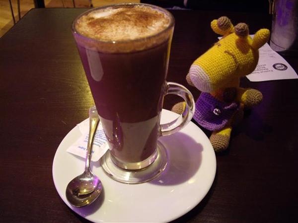 天氣好冷,喝杯熱巧克力