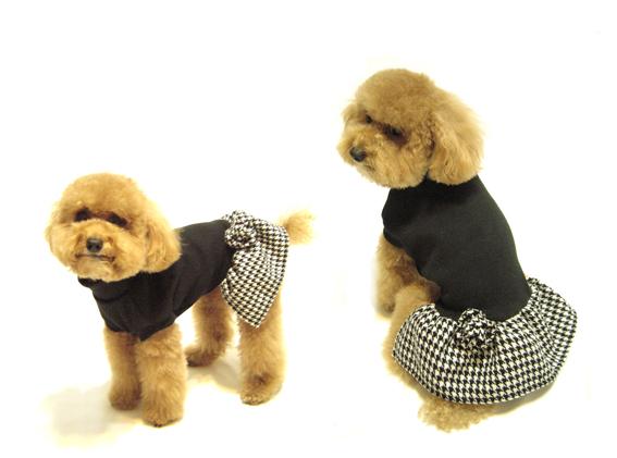 $680時尚高領洋裝 黑