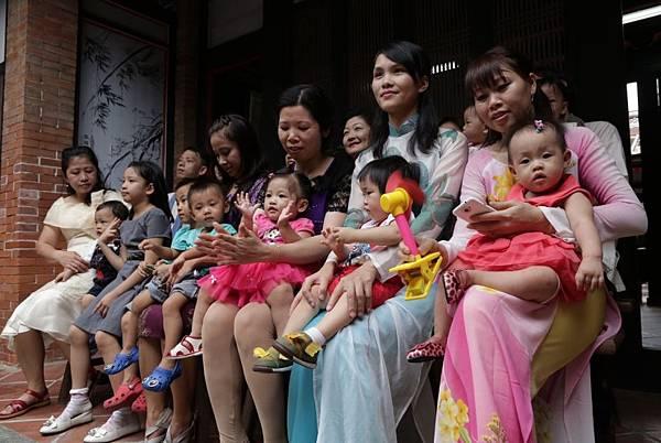 「抓出新台灣之子的未來」── 東南亞跨國家庭親子抓周活動1