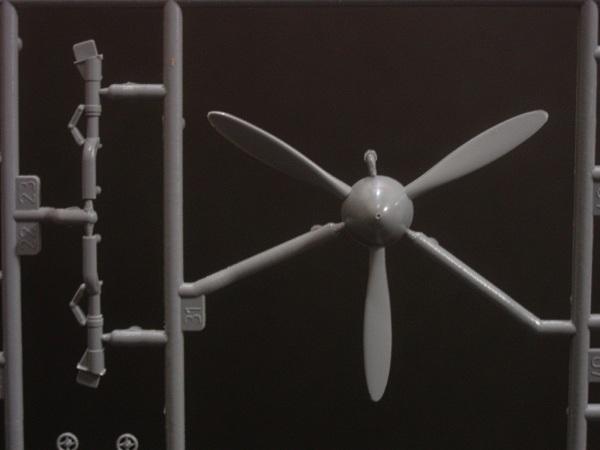 Zvezda Yak-3 preview02