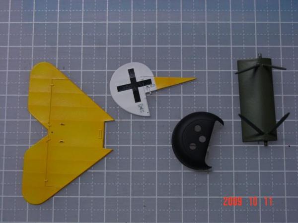 Fokker_EV_parts.jpg
