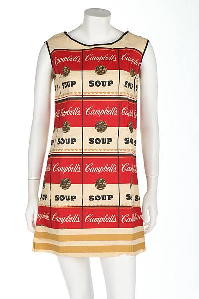 1._The_Souper_Dress_1966_Photograph__Kerry_Taylor_Auctions.JPG