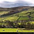 Stone Fence, Yorkshire Dales, England2.jpg