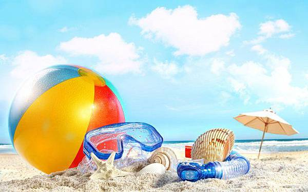 3704_The-most-important-accessories-for-beach-HD-wallpaper