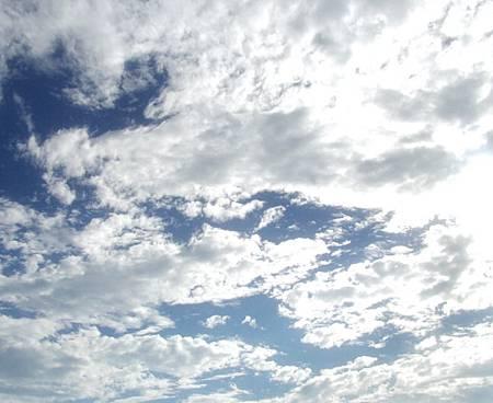 白雲.jpg