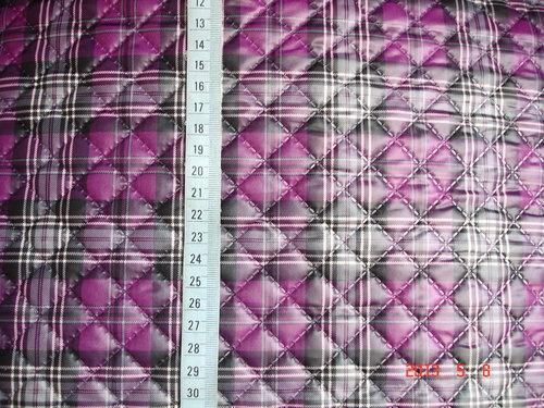 日本防潑壓棉-紫紅格.jpg